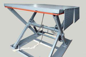 Каким должен быть подъемный стол для склада?